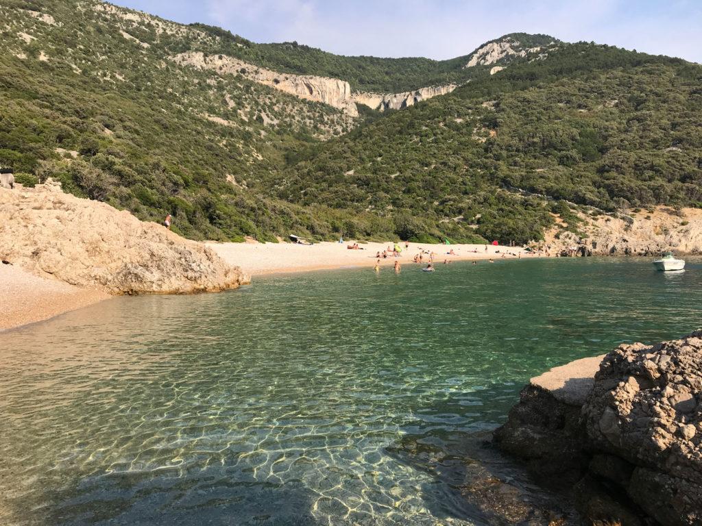 spiaggia sveti ivan cres croazia